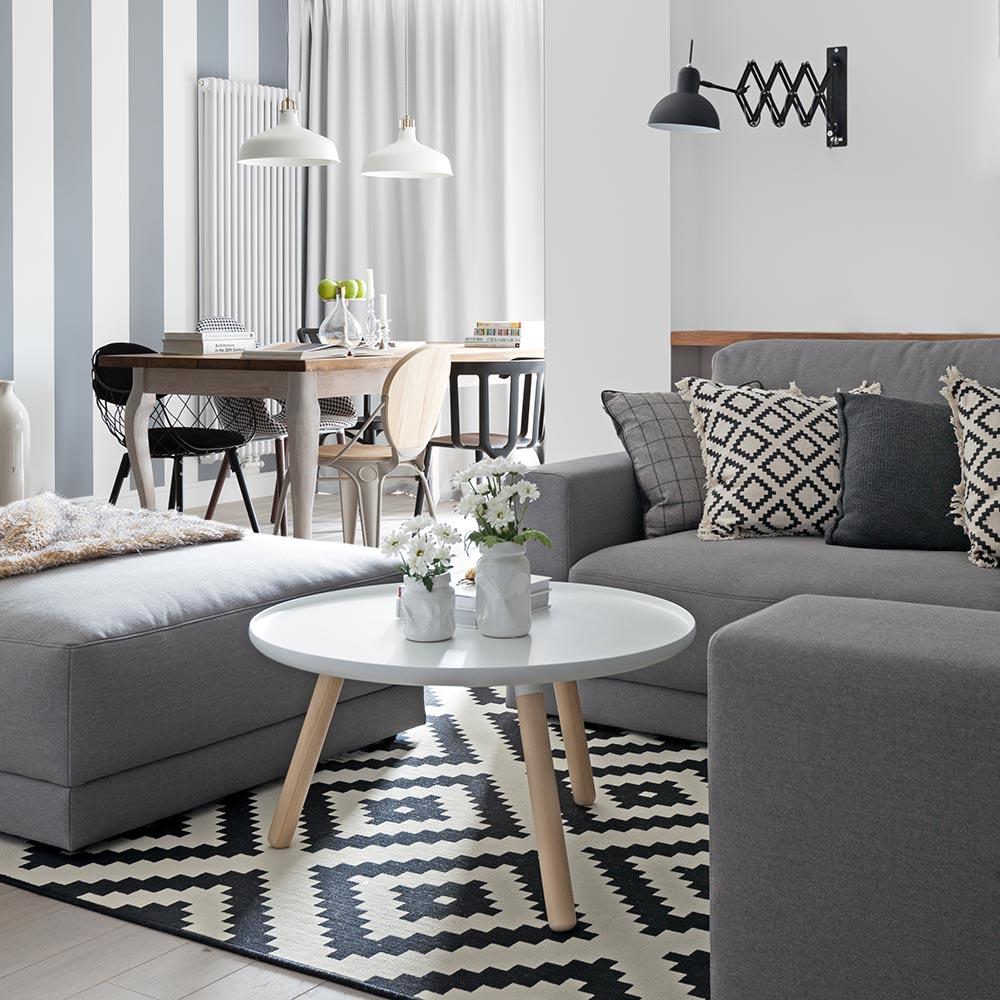 wnętrze salonu w skandynawskim stylu